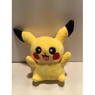 Pikachu Pluszak 20cm